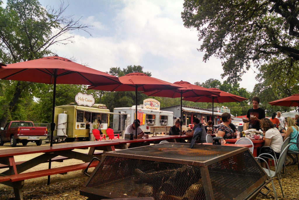 Trailer park food trucks and picnic tables family-friendly itinerary for Austin, TX