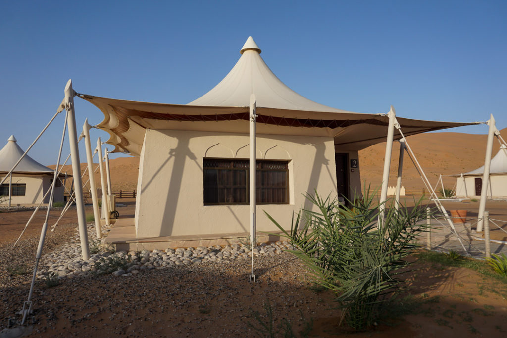 Glamping tent in the desert - family vacation covid