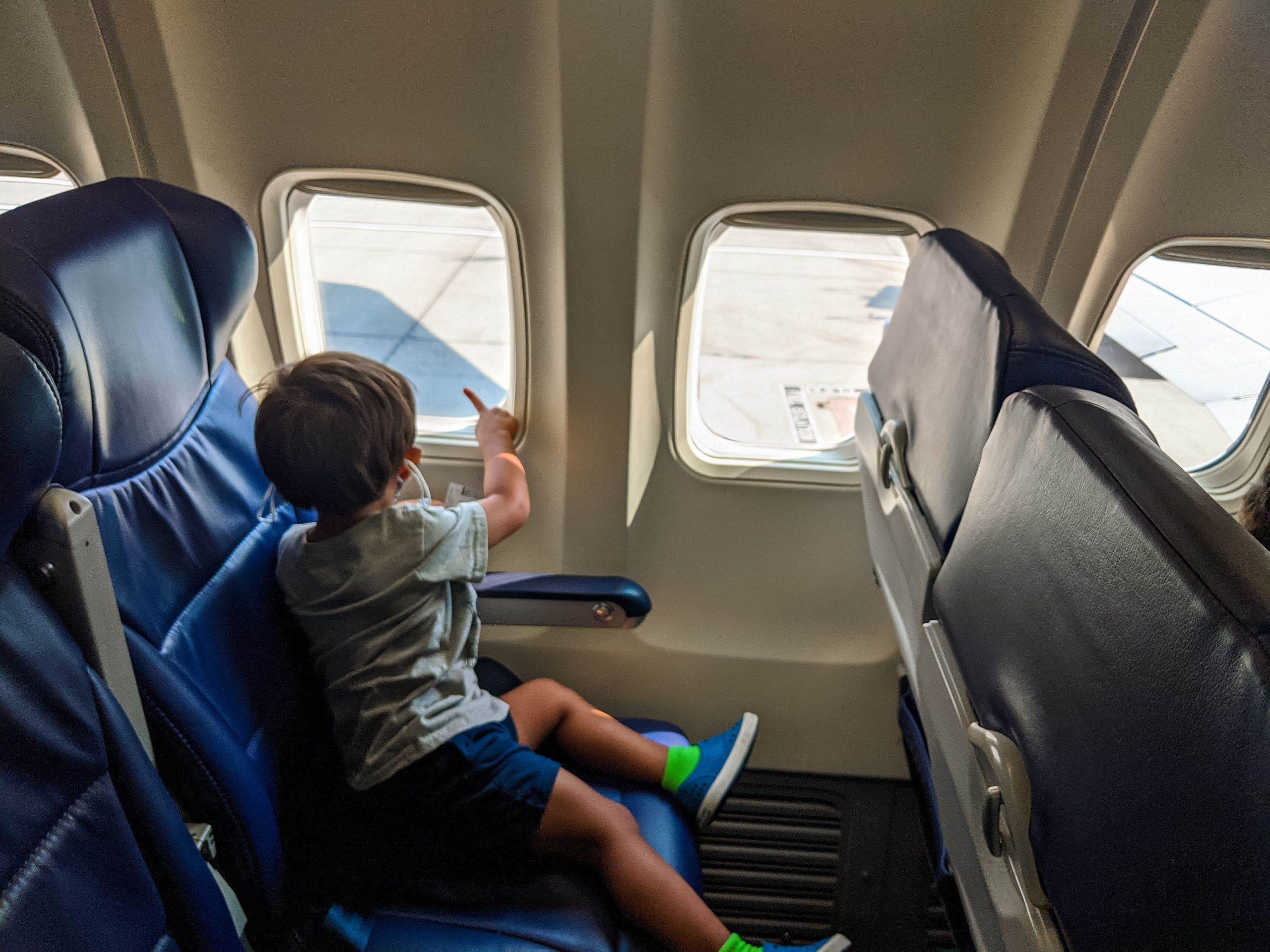 What you must know before flying with a toddler in a pandemic