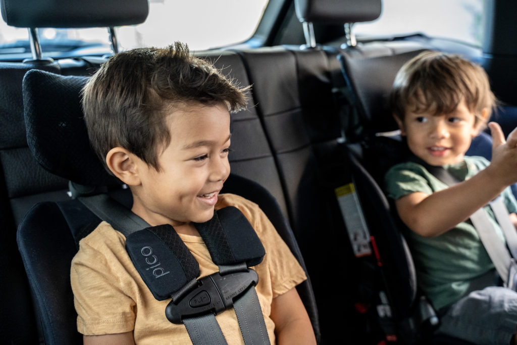 Mixed kids in WAYB Pico travel car seats